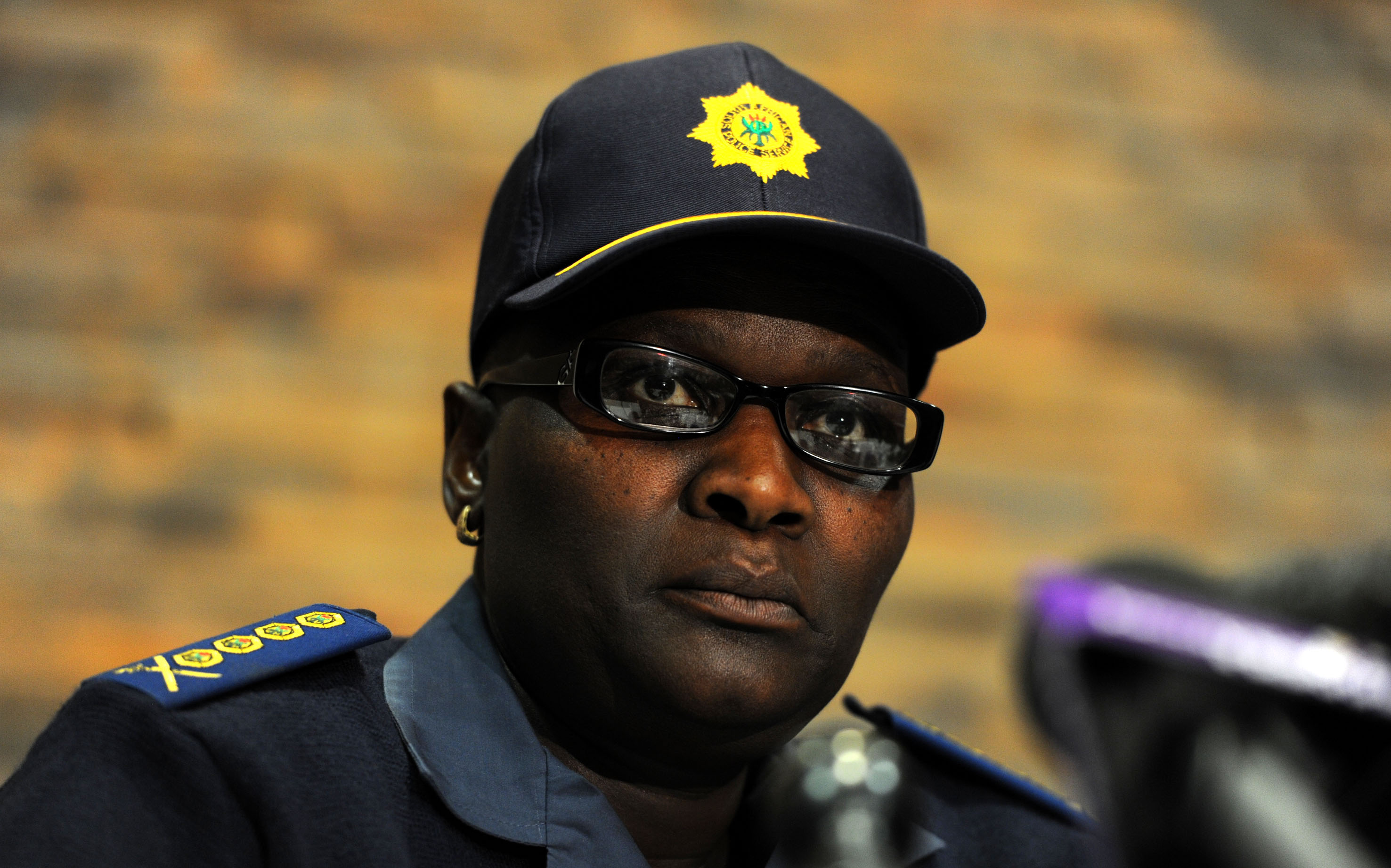 WEB_PHOTO_RIAH PHIYEGA GUNS