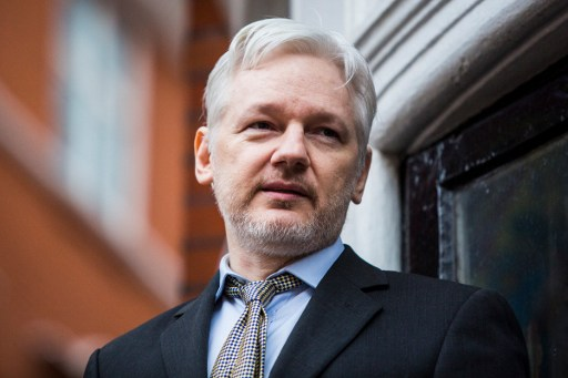 Photo_Web_Assange_110816