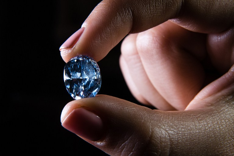 Photo_Web_Blue_Diamond_060416