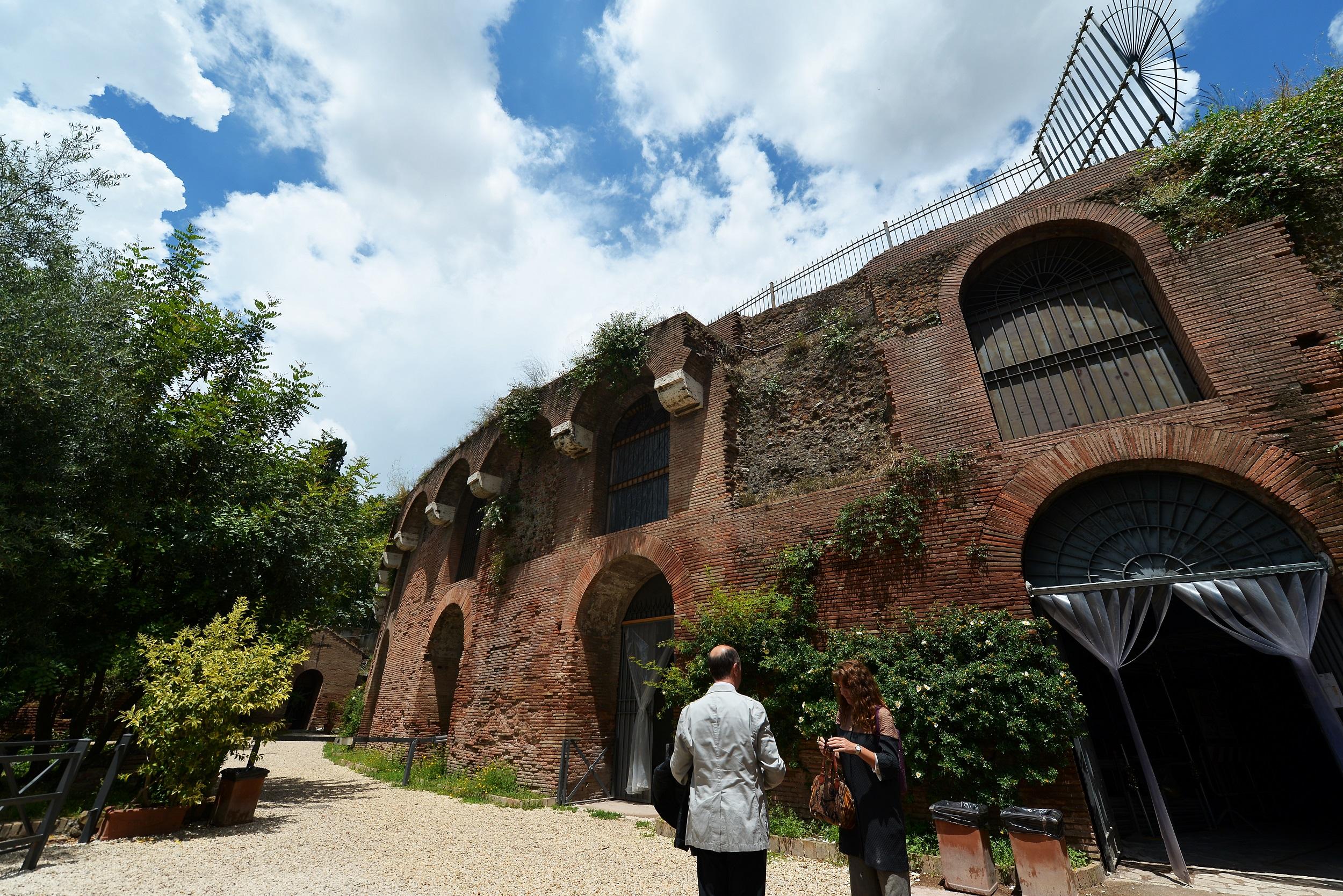 Stroll in Emperor Nero\'s garden with Rome virtual tour | eNCA