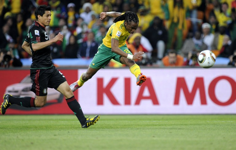 Top 10 thrills and spills of the 2010 World Cup   eNCA