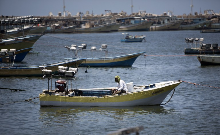 Web_Photo_Gaza_Fisherman_031214