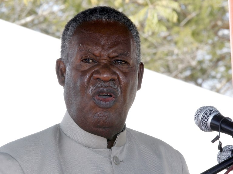 web_photo_ Michael Sata_110713
