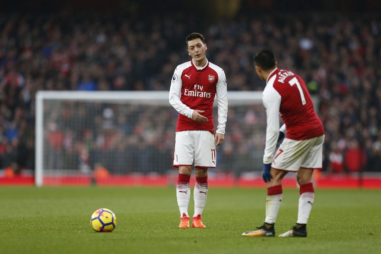 WEB_PHOTO_SANCHEZ_OZIL_281117