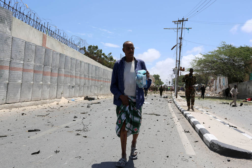 web_photo_somalia_car_bomb_300816