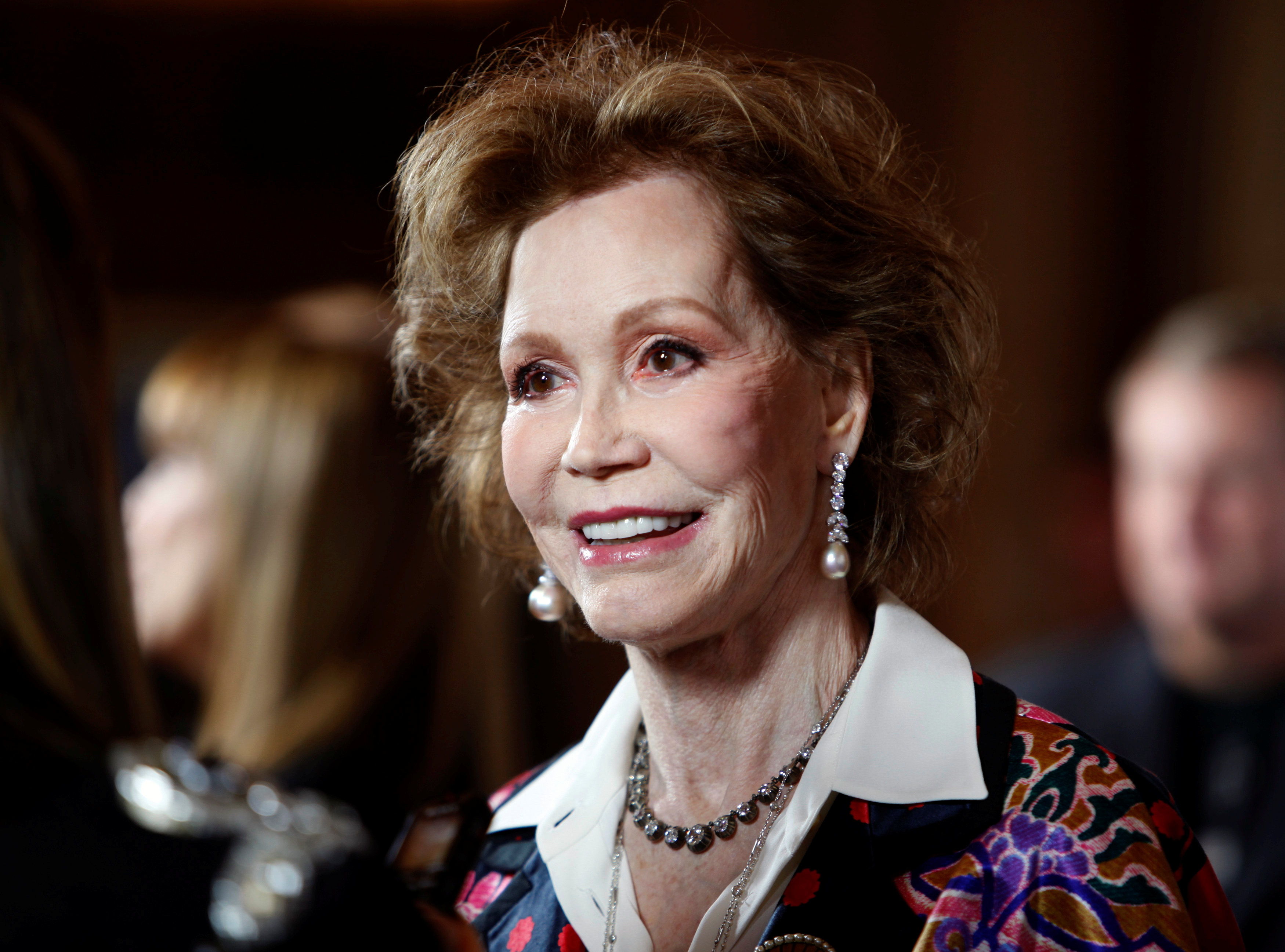 TV Icon Mary Tyler Moore Has Died at 80 Years Old