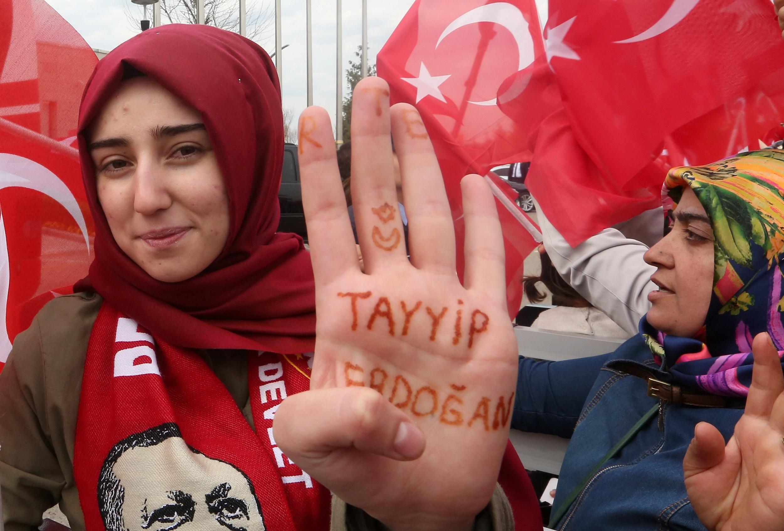 Турцыя знакомства знакомства газета проспнкт