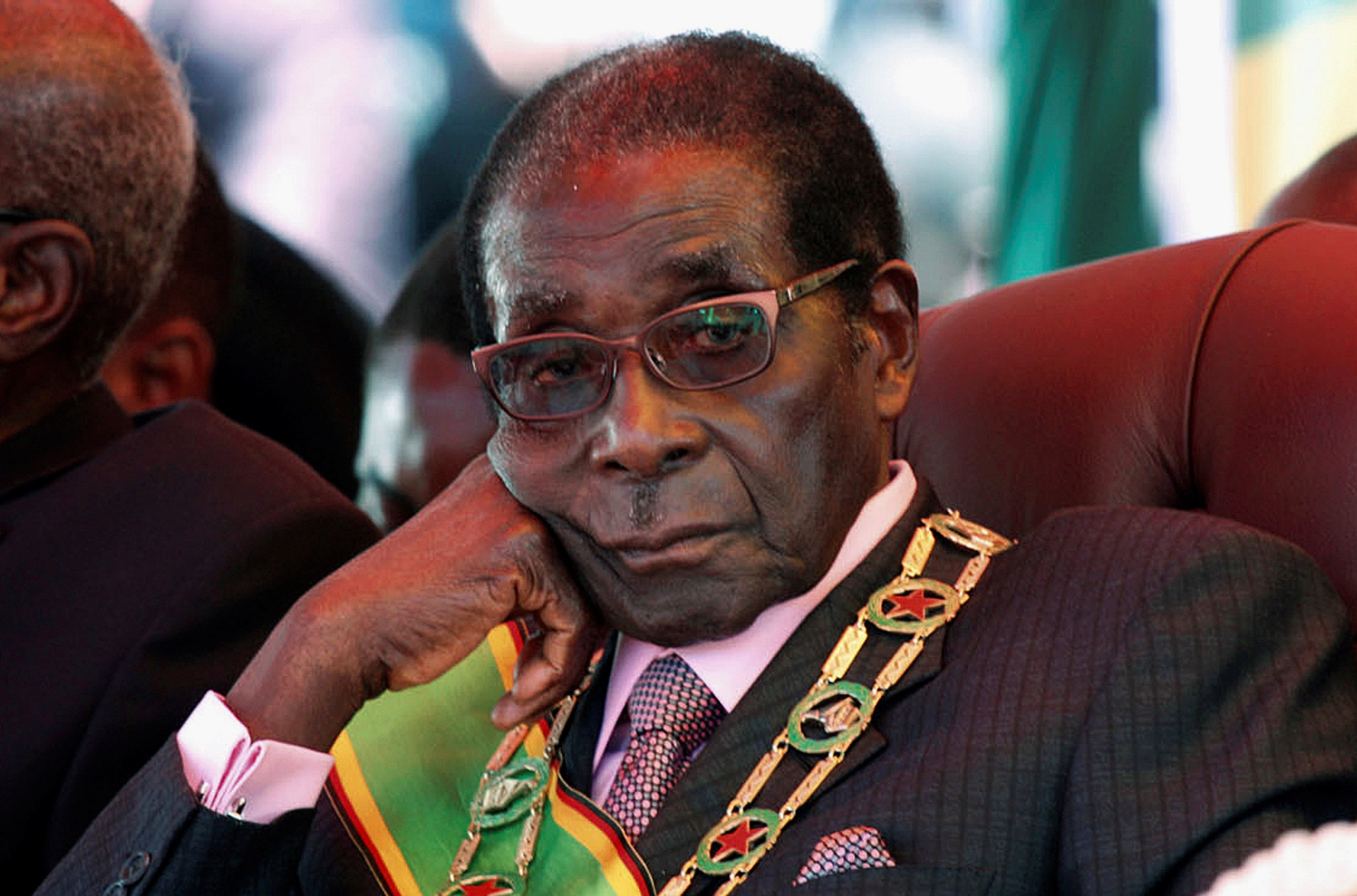 Photo_Web_Mugabe_211117
