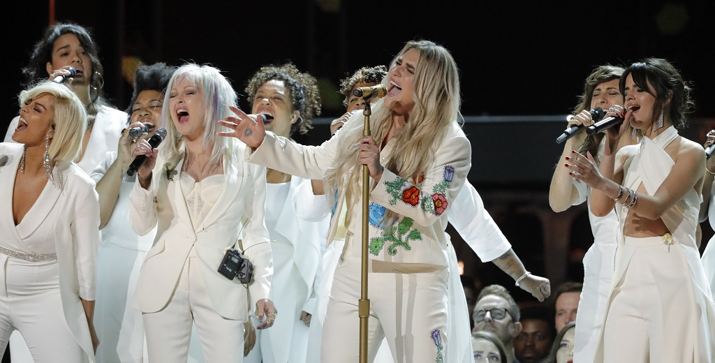 WEB_PHOTO_GRAMMYS_KESHA_29012018