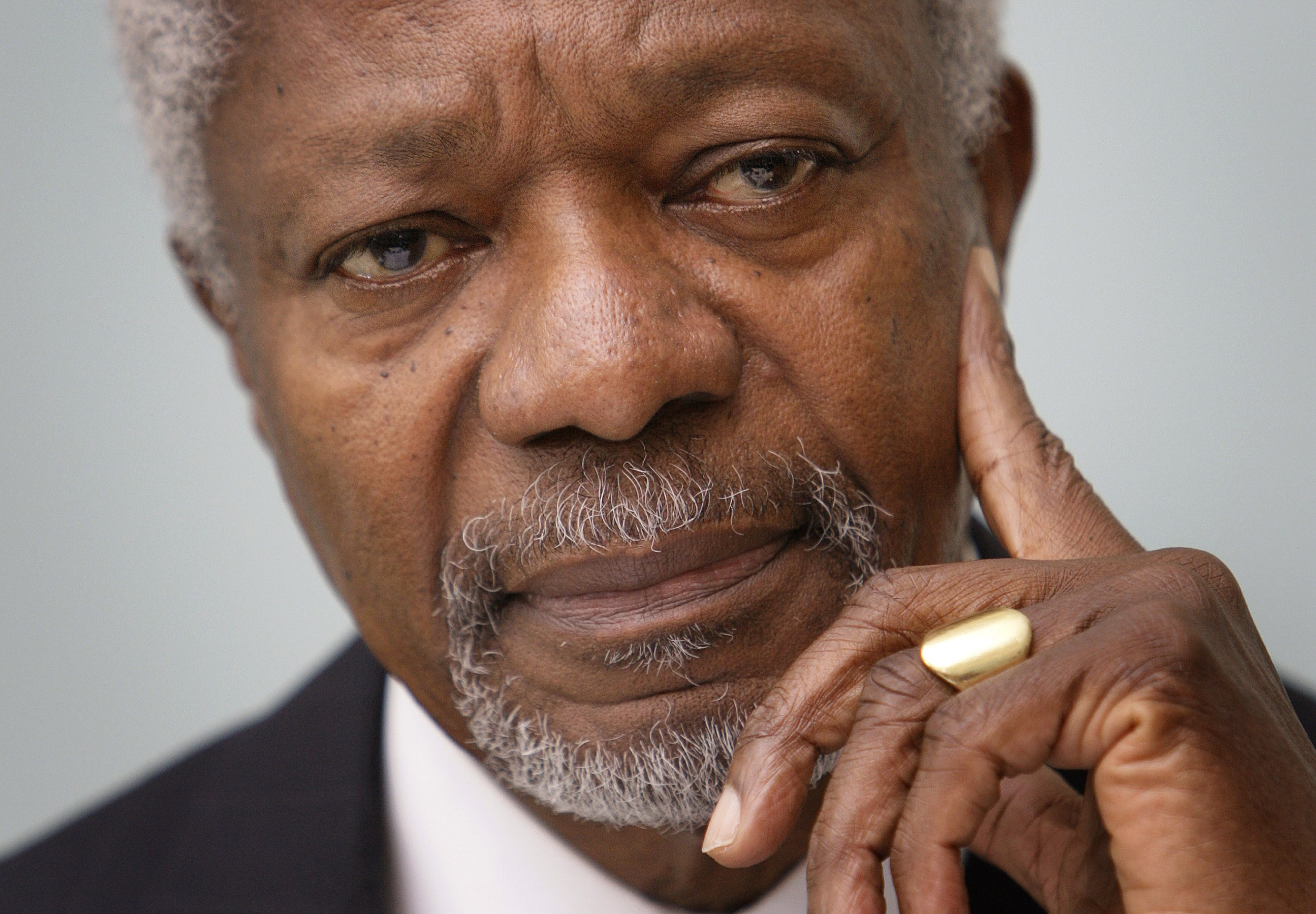 File: Kofi Annan's remains will be received during a brief ceremony, led by the Ghana armed forces.