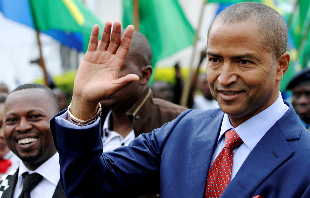 FILE PHOTO: Moise Katumbi, governor of Democratic Republic of Congo's mineral-rich Katanga province, arrives for a two-day mineral conference in Goma, Democratic Republic of Congo March 24, 2014.