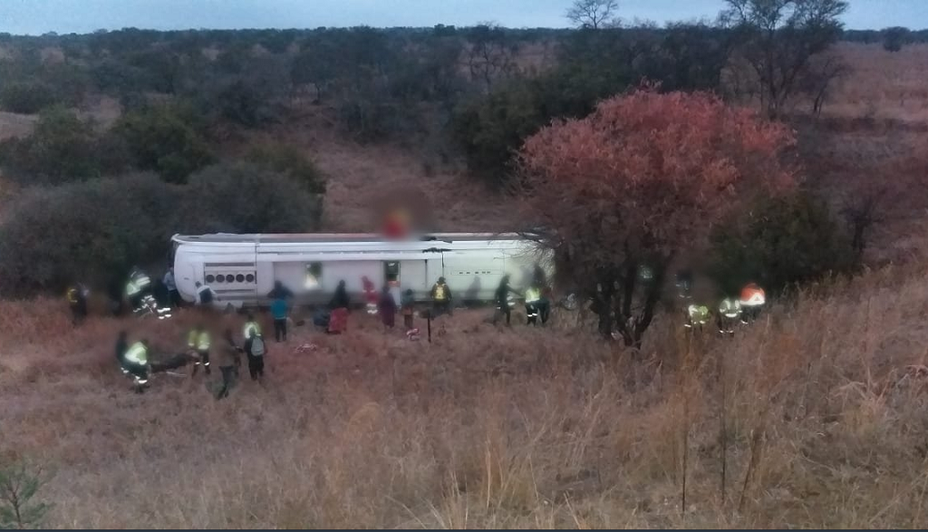 File: Ninekilled and multiple people injured in a single bus roll-over accident on the N1 South, 20 kilometres South of Polokwane.