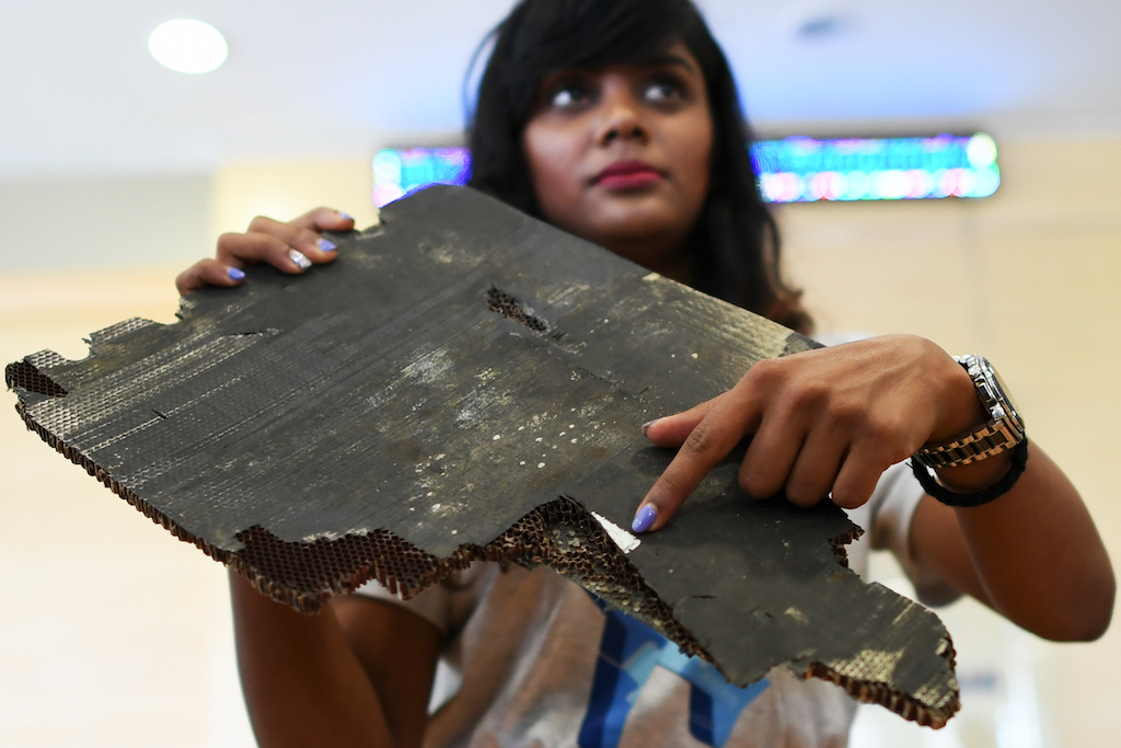 Found debris believed from Flight MH370 handed to Malaysia govt