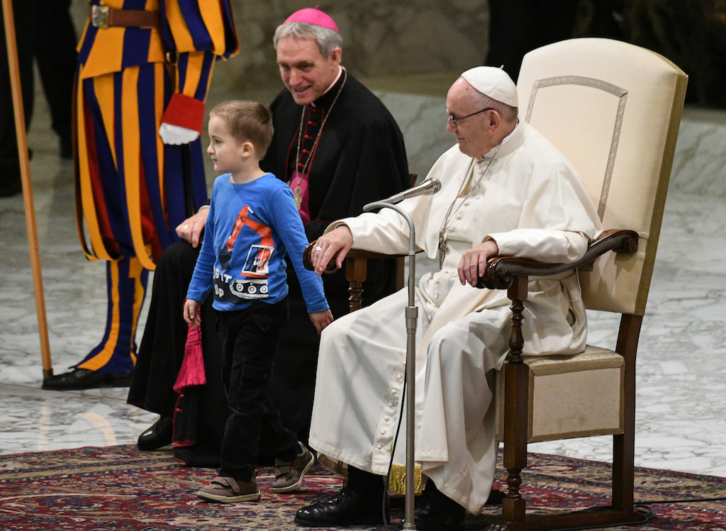 Six-year-old interrupts Vatican ceremony - and Pope Francis doesn't mind
