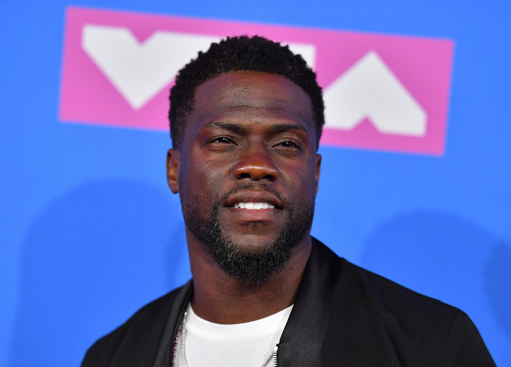 Comedian Kevin Hart said he has decided to step down from hosting the Oscars.