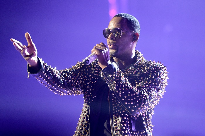 According to TMZ, the Fulton County District Attorney's Office has opened an investigation against R.Kelly into the allegations of molestation and sexual abuse.