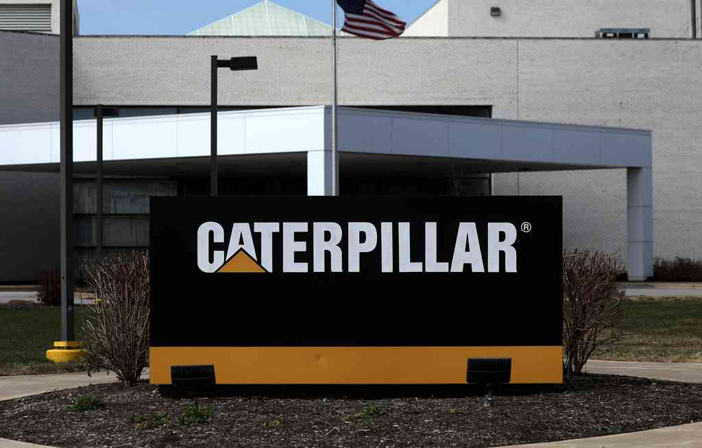 Nvidia and Caterpillar Point to Weakness in China as Outlooks Dim
