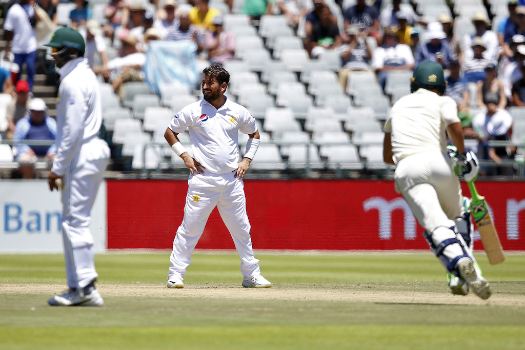 Pakistan avoid innings defeat, delay South Africa victory charge