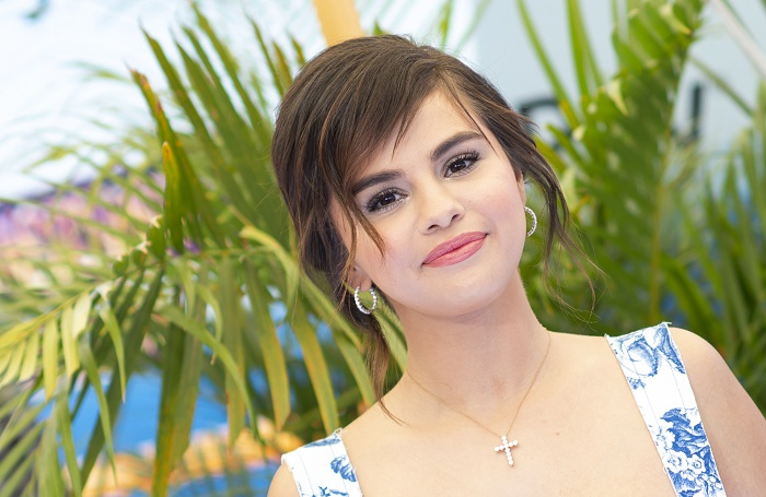 Selena Gomez Dethroned as Most Followed Female Celebrity on Instagram