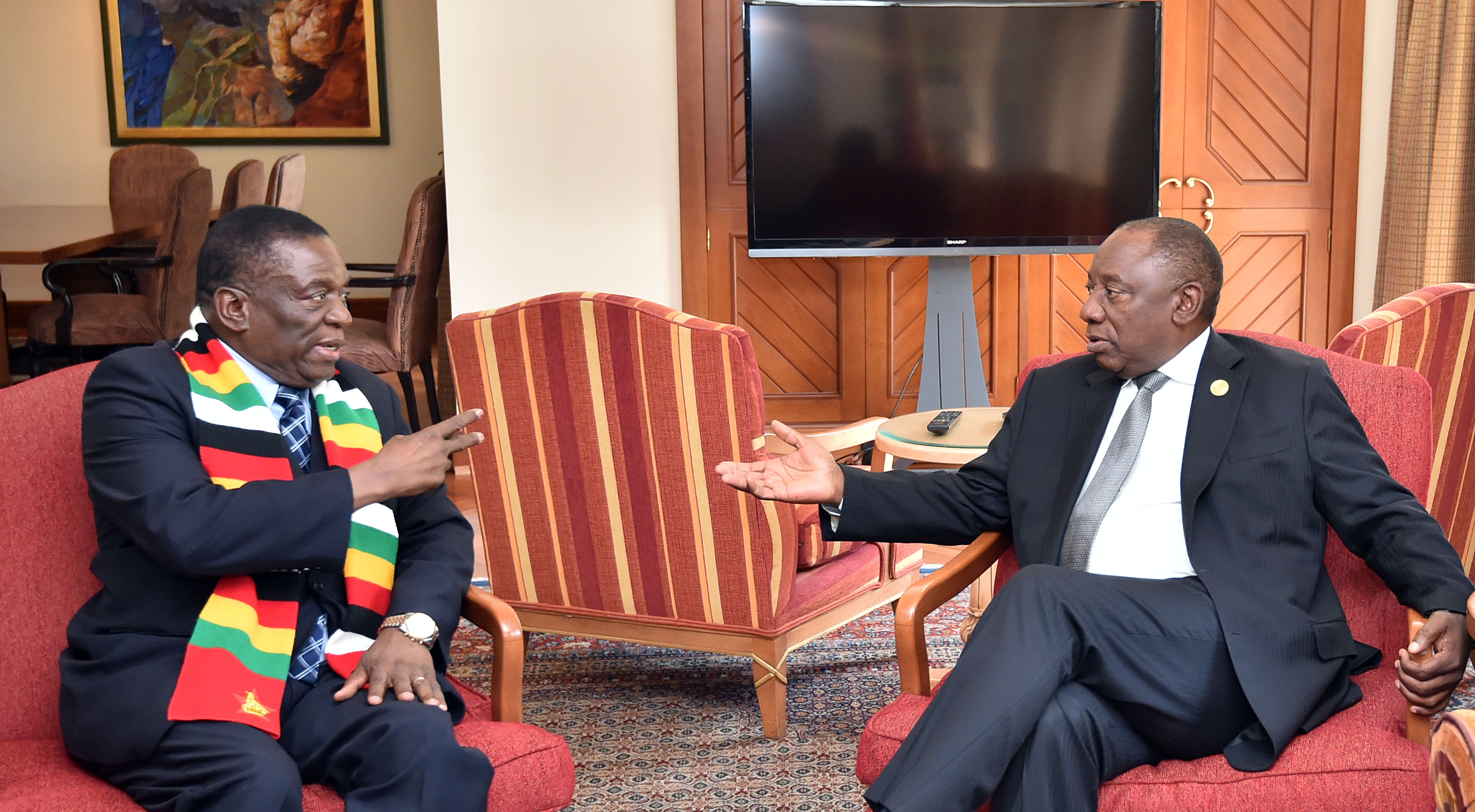 President Cyril Ramaphosa meets with Zimbabwe  President Emmerson Mnangagwa on the margins of the second day of the 32nd Ordinary Session of the Assembly of African in Ethiopia.