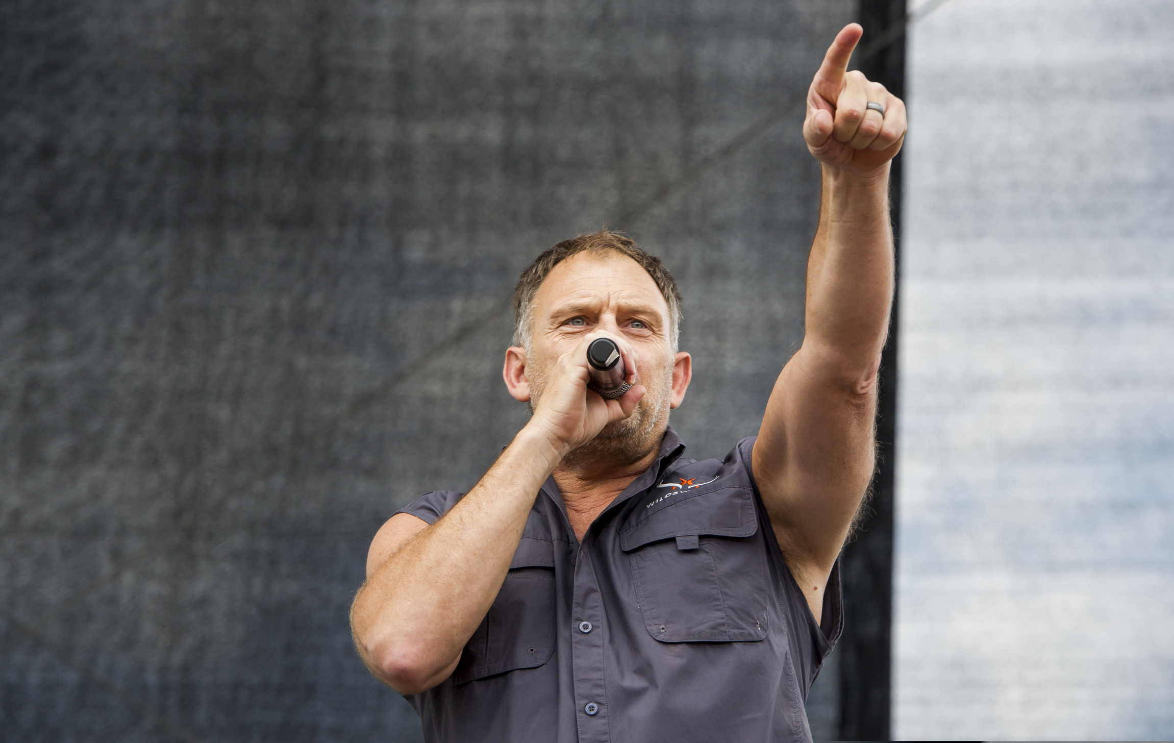 Steve Hofmeyr has previously ruffled feathers with what many see as racially motivated statements on social media, as well as posting photos of the old South African flag.
