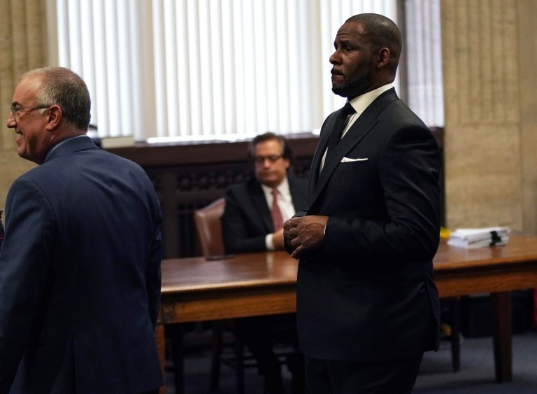 R Kelly's former hair braider speaks out about alleged abuse from singer
