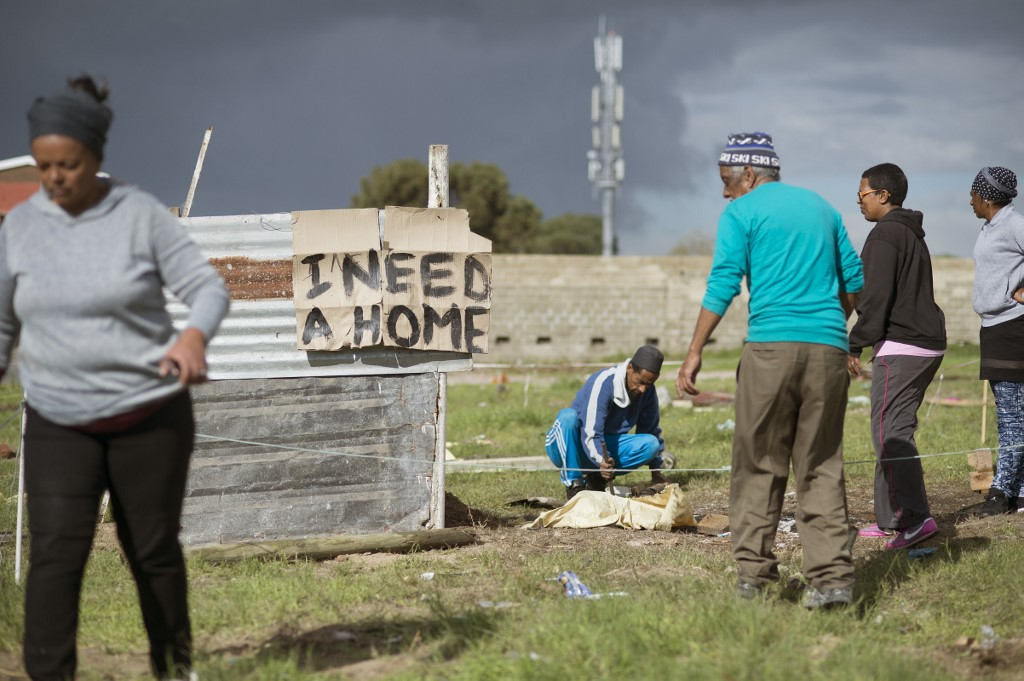 Building shacks in Mitchell's Plain