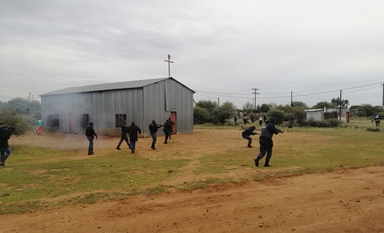 Rubber bullets fly in Holpan on election day 2019