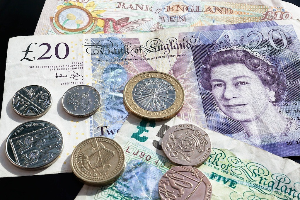 File: The pound unravelled to $1.2752, the lowest point for four months.