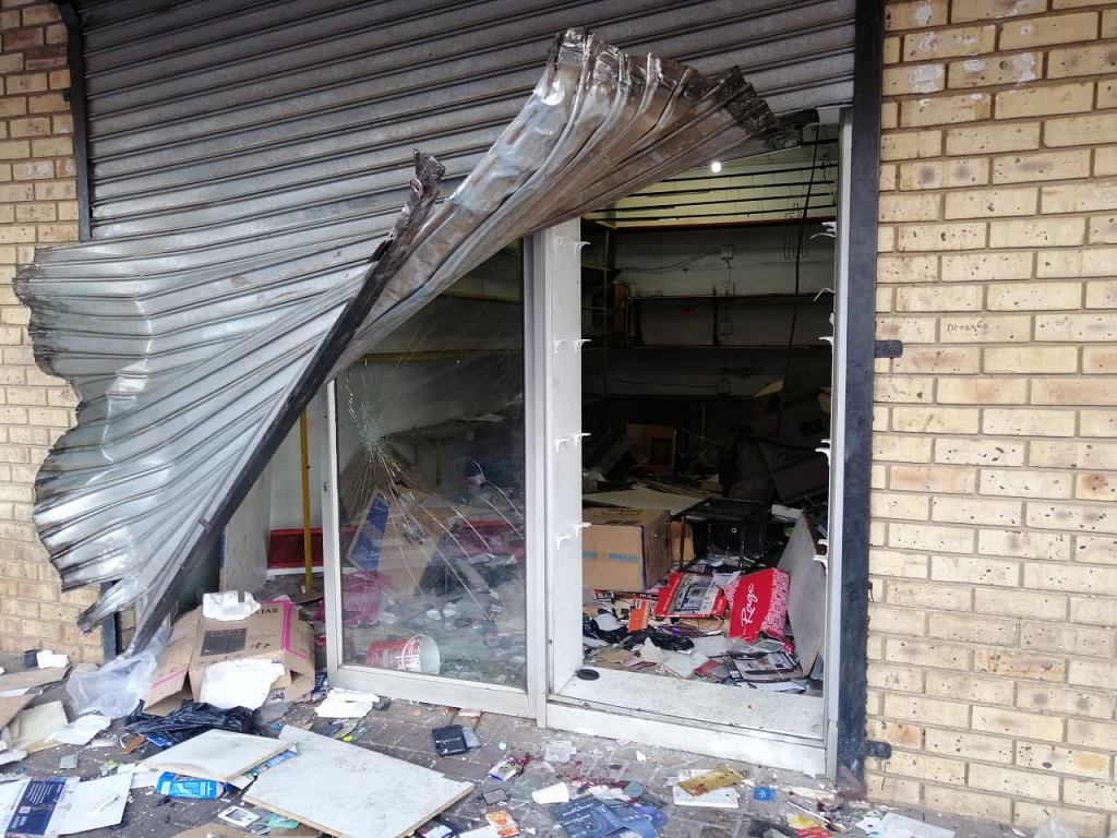 A looted shop in Katlehong during violence 4 September 2019