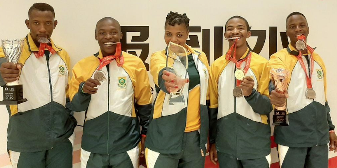 South Africa's top skippers return to SA with five medals.