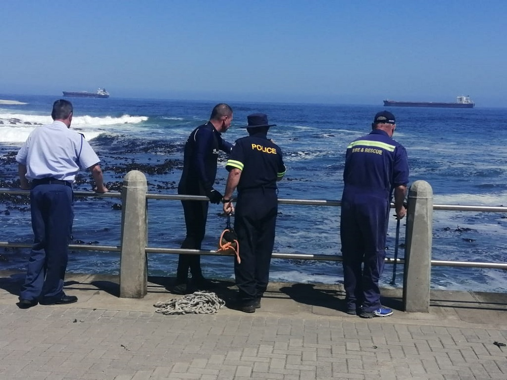 Fourth teenage immigrants missing body found at Rocklands beach, Sea Point