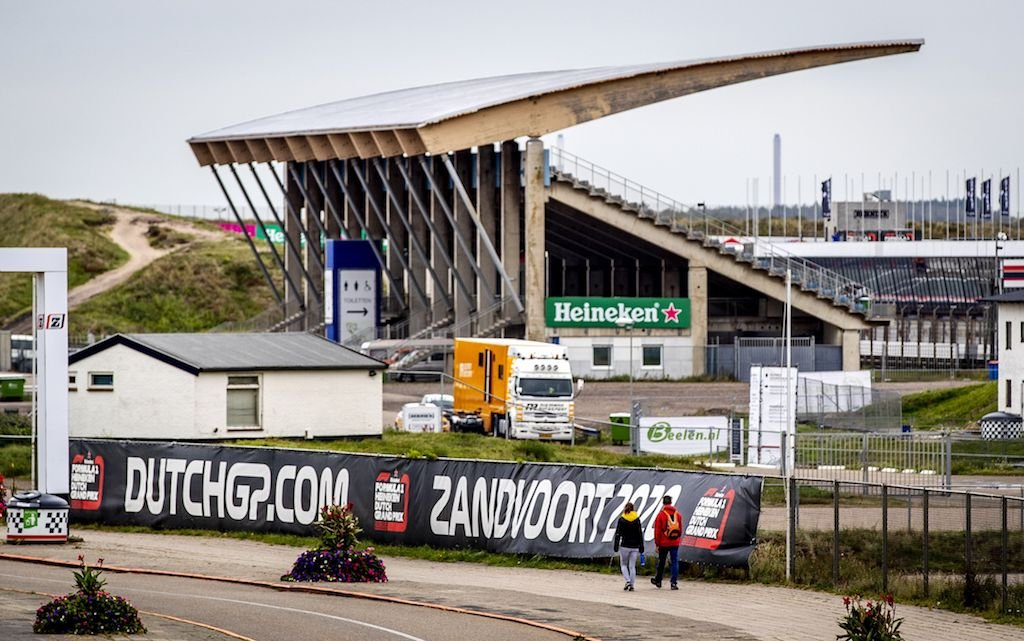 More than 100 builders are now working frantically to get the Zandvoort circuit ready for Grand Prix racing in 2020.