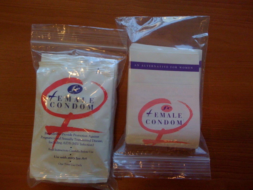 web_photo_female_condom_14022016