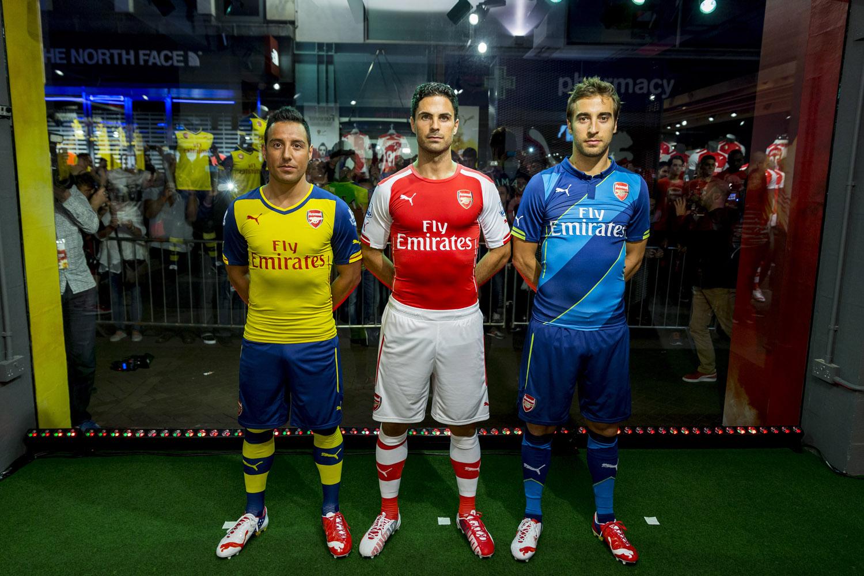 118f2692fd1 Arsenal unveil 2014 15 Trilogy Kit