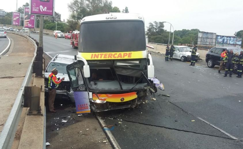 One dead in M1 crash | eNCA
