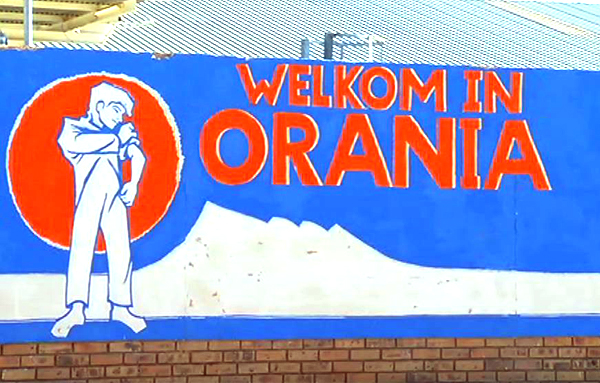 Orania's flag with the Little Giant