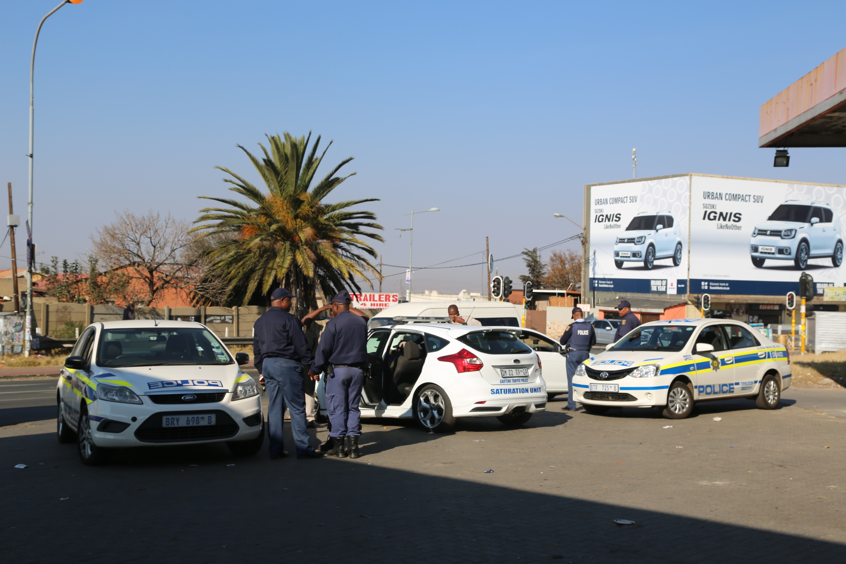 WEB_PHOTO_SOWETOPOLICE_TAXI_120717