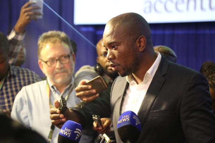 web_photo_Mmusi_Maimane_IEC2_050816