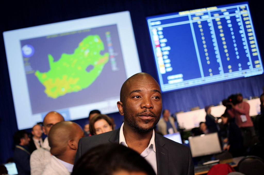 web_photo_Mmusi_Maimane_IEC_ROC_060816