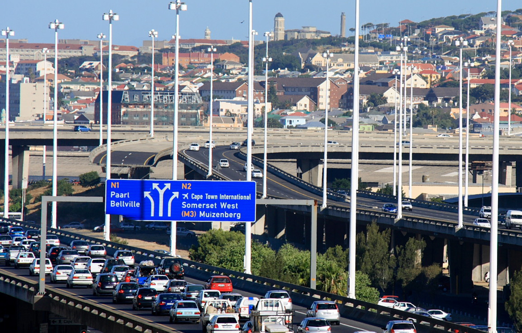 web_photo_Cape_Town_freeway_N1_N2_130415