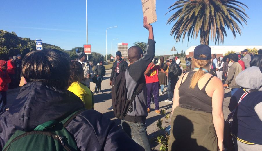 WEB_PHOTO_NMMU_PROTEST_110716