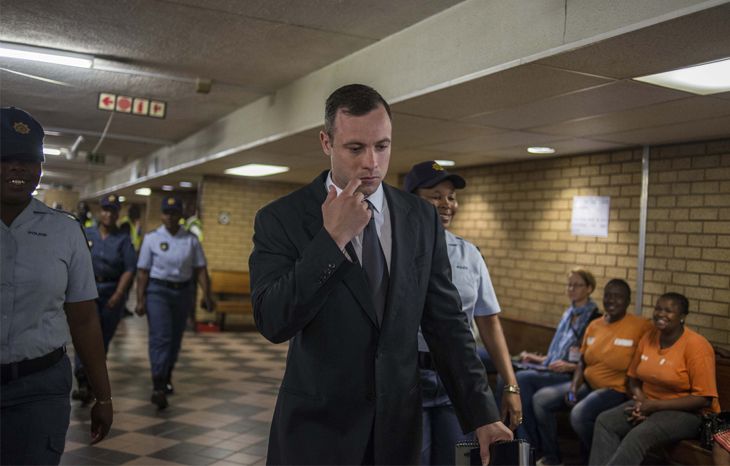 PHOTO_OP_OSCARPISTORIUS_ARRIVE_15102014