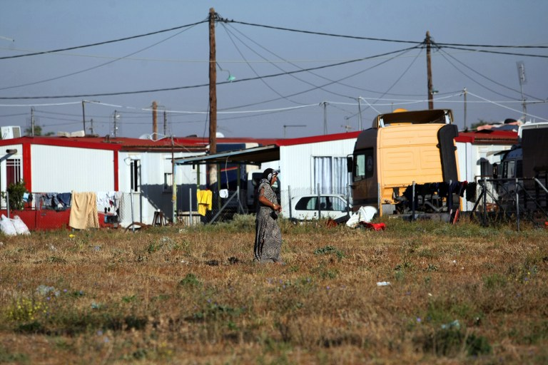 WEB_PHOTO_Roma_settlement_220113