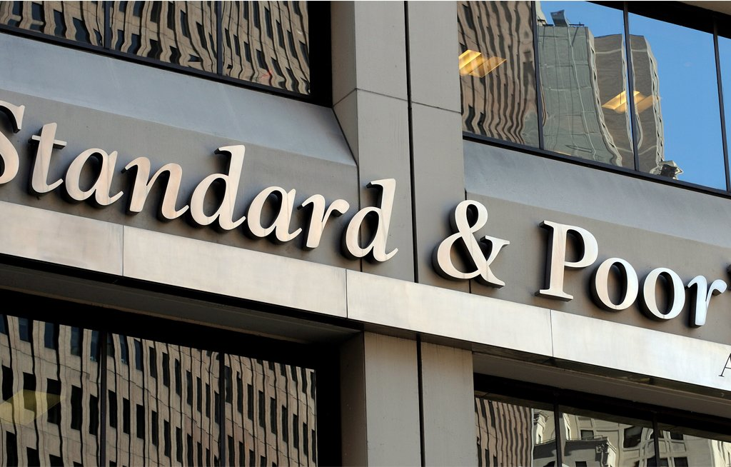 File: S&P now expected South Africa's GDP growth to average 0.8 percent in 2018 and 1.8 per cent in 2019.