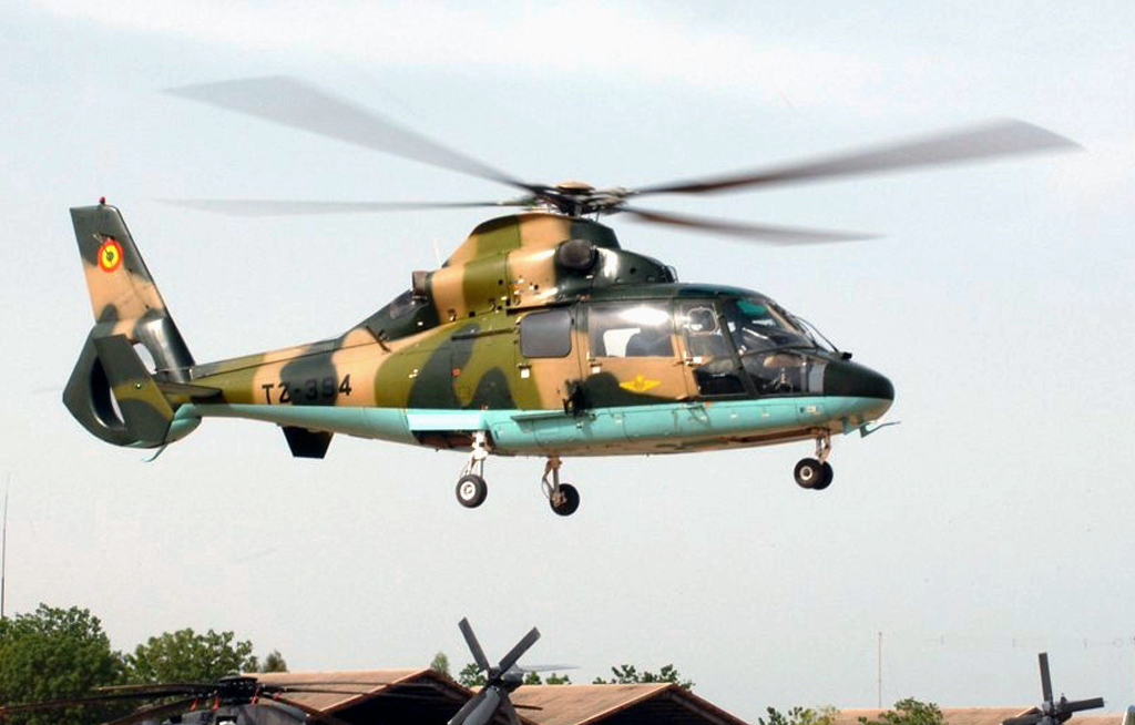 web_photo_ Senegalese military helicopter_15032018