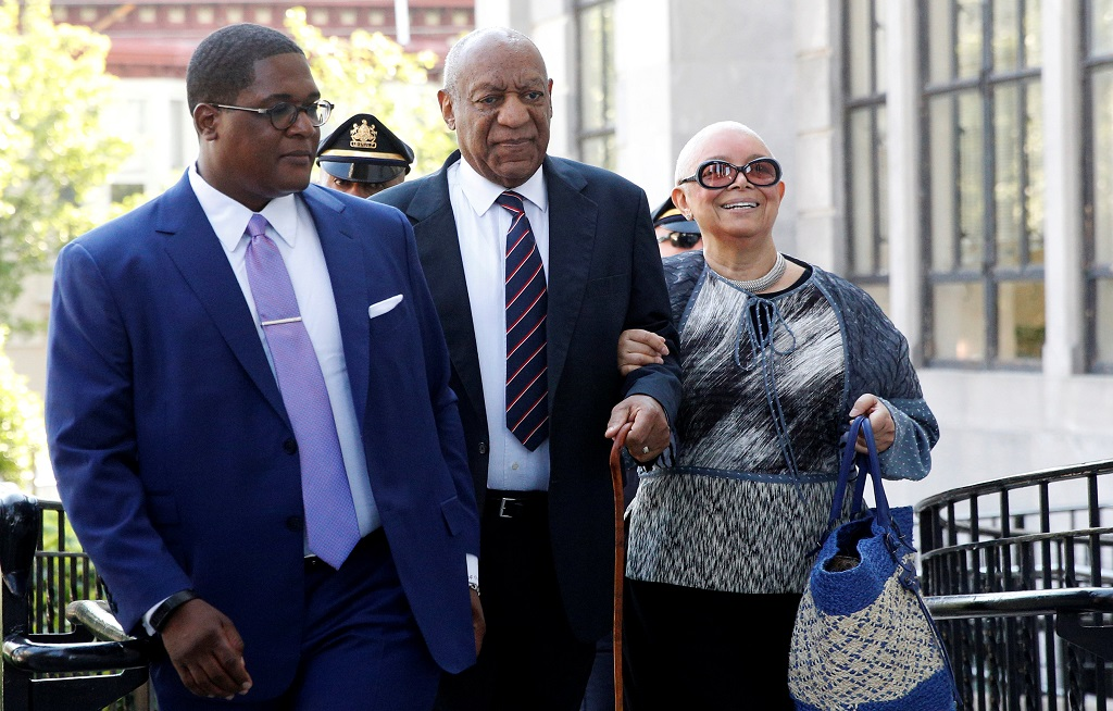 WEB_PHOTO_BILL_COSBY_TRIAL_120617