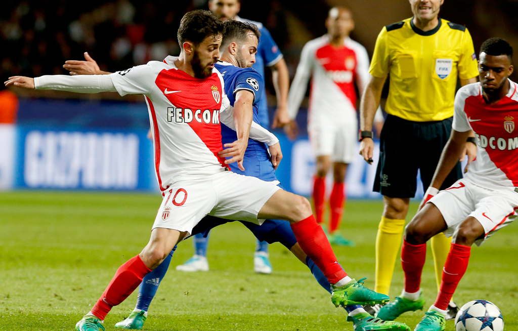 1d3758075 Monaco take step closer to French title