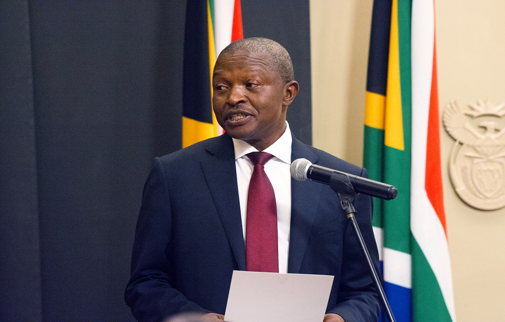 File: Deputy President David Mabuza has unveiled a statue of the historic Griqua leader Adam Kok III and renamed a municipal hall, which is now called the Adam Kok Municipal Building.