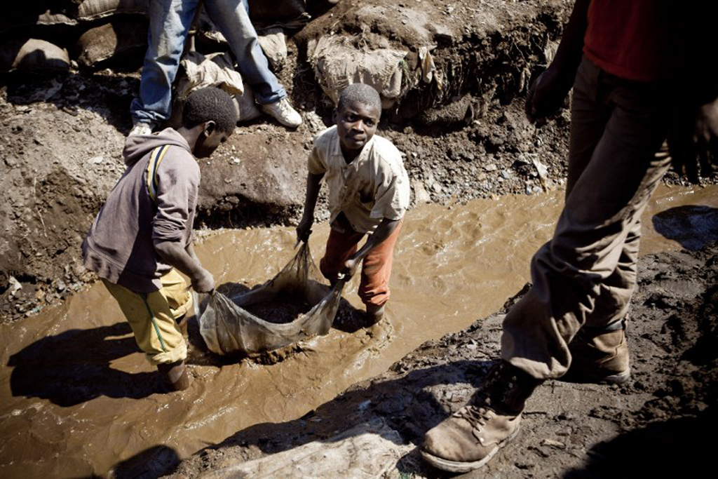 Chinese firm probes claims of child labour at its African suppliers